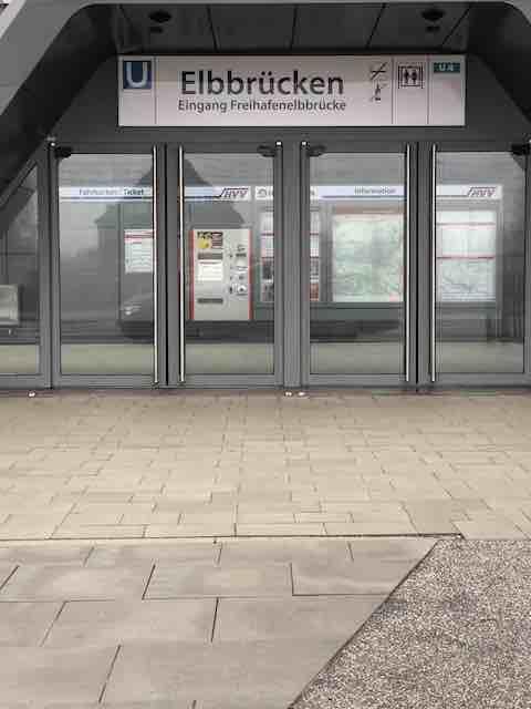 U Bahn Haltestation Elbbrücken