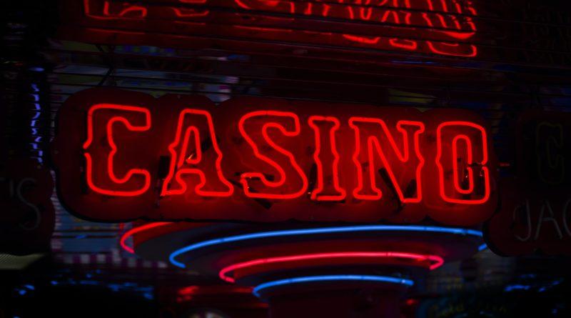 Glamouröse Kooperationen: Wenn Promis für Online-Casinos werben