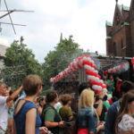 Viele Menschen beobachteten die Parade