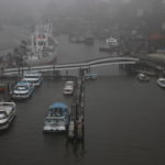 Ein vernebelter Blick auf die Elbe