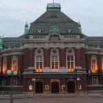 Die Laeiszhalle ist Hamburgs erste Adresse wenn es um Konzertveranstaltungen geht. Sie ist besonders beliebt aufgrund ihrer prachtvollen Architektur und der großen Orgel.