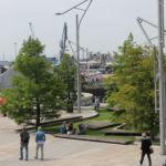 Der Platz der Magellan Terrassen ist ca. 5.000 m² groß